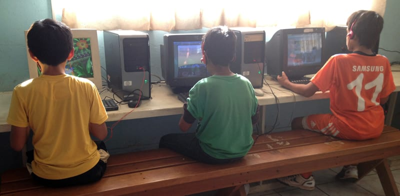 Computer classes for children at the orphanage Fundaninos